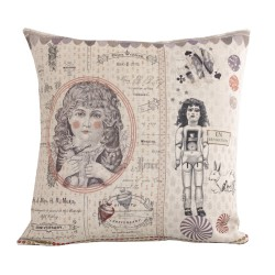Linen square cushion Poupée